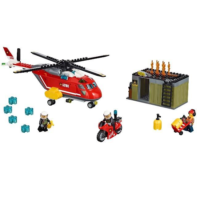 Конструктор LEGO City 60108 Пожарная команда быстрого реагирования<br>