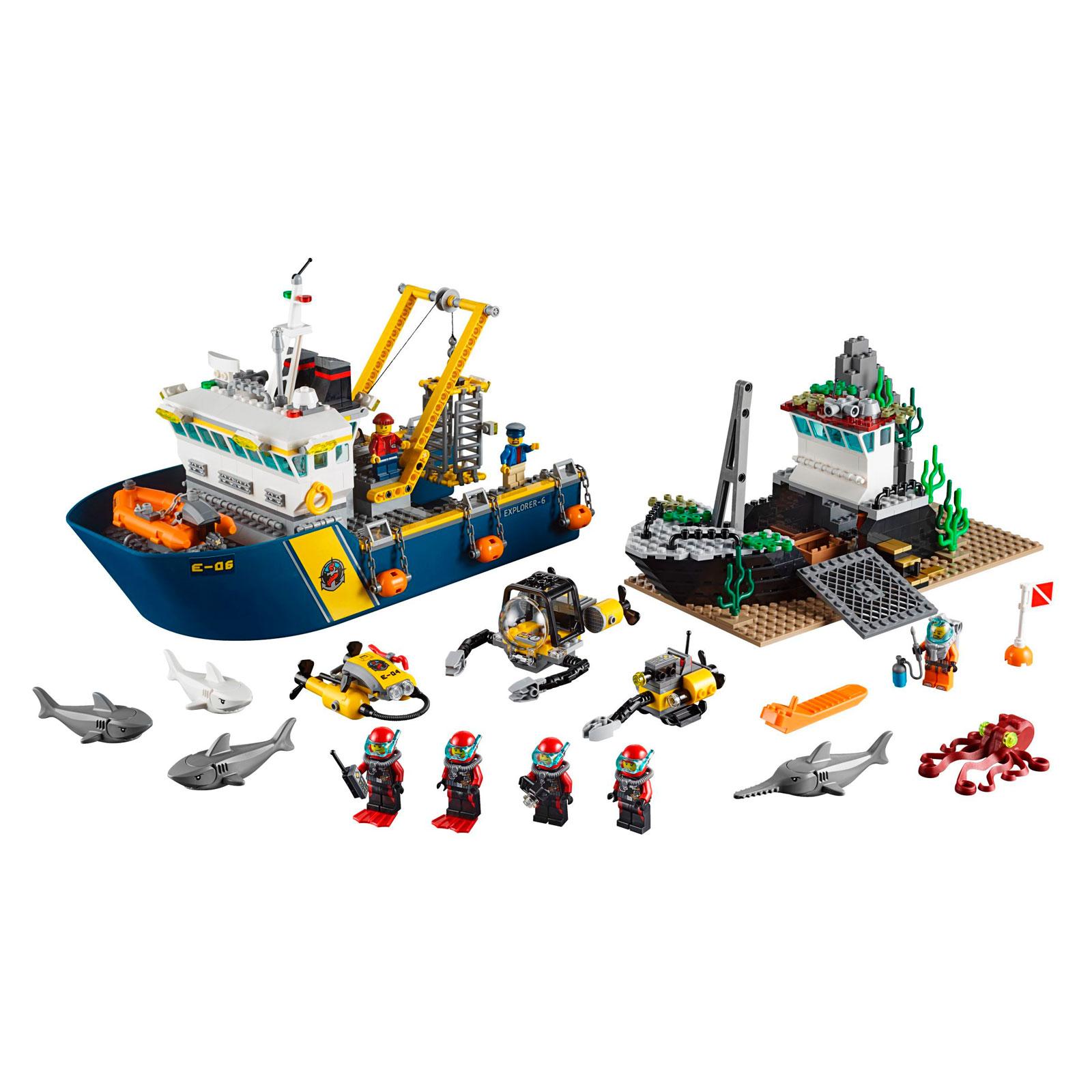 Конструктор LEGO City 60095 Корабль исследователей морских глубин<br>