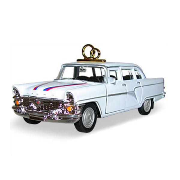 Машинка Autotime ГАЗ-13 ЧАЙКА свадебная 1:43<br>