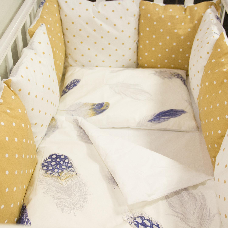 Комплект в кроватку ByTwinz с бортиками-подушками 6 предметов Перышки<br>