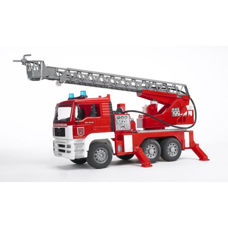 Пожарная машина Bruder MAN с лестницей и помпой с модулем со световыми и звуковыми эффектами<br>
