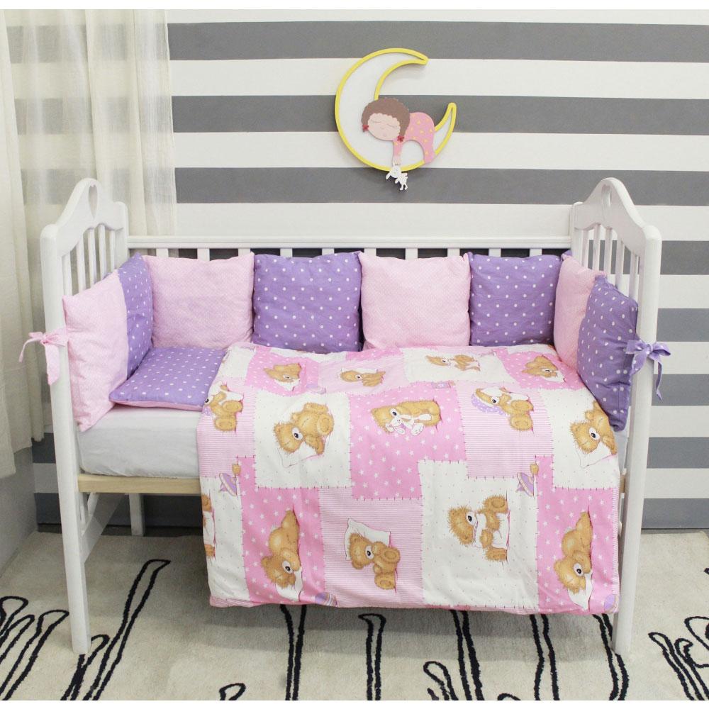 Комплект в кроватку ByTwinz с бортиками-подушками Тедди розовые<br>
