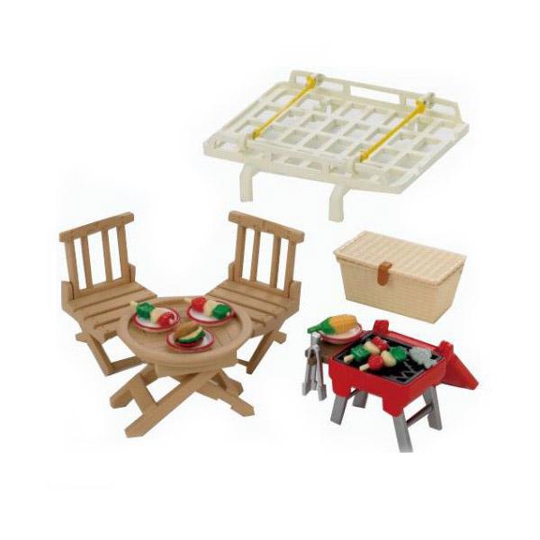 Игровые дома Sylvanian Families Семейный пикник, с багажником для красного автомобиля<br>