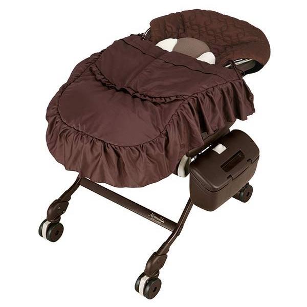 Колыбель-стульчик для кормления Combi Nemulila Auto Swing BR с одеялком<br>