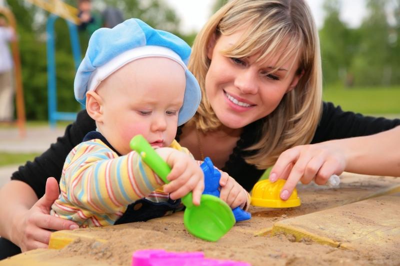 Детки. - АВГУСТята-СЕНТЯБРята 2011 (ч.199) Самая прекрасная из женщин -Женщина с ребенком на руках